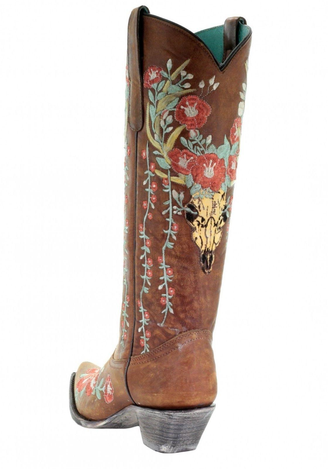 Floral Embroidered Western A3620
