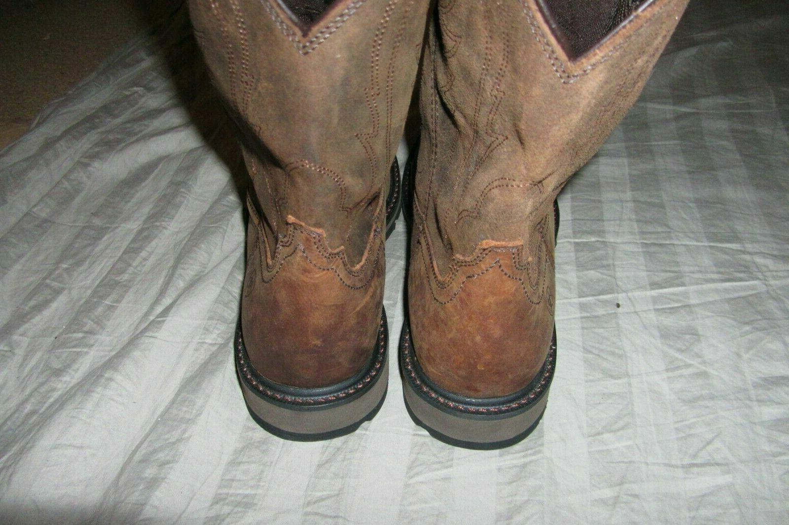 Ariat Pull-On Boots - Round **8382**