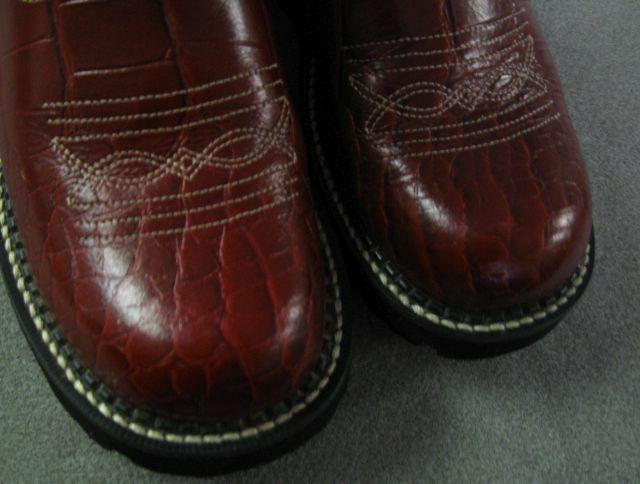 Ariat Western Red Cr Print 14709