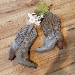 Very Volatile Western Cowgirl Heeled Boots Size 8.5