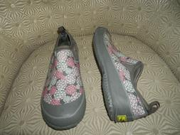 WESTERN CHIEF Womens Neoprene Step In Gray/Pink/White Floral